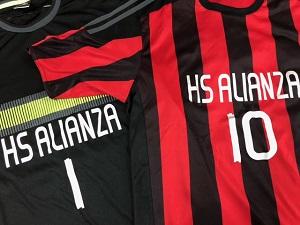H.Sアリアンサのユニフォーム(赤と黒)