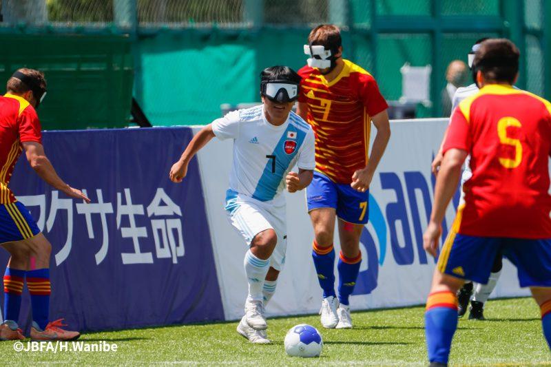 ディフェンスの要の田中章仁選手